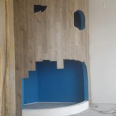 Монтаж LVT плитки на стены