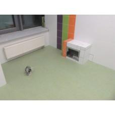 Монтаж покрытия из натурального линолеума в поликлинике